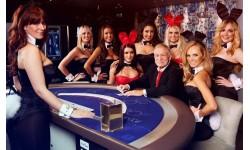 Hugh Hefner - người kiến tạo đế chế Playboy, ngành công nghiệp không khói tại Mỹ