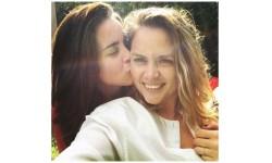Kết hôn đồng giới, cô giáo Mỹ bị sa thải