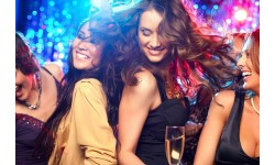 4 mẫu người phụ nữ mà đàn ông thường lầm tưởng sẽ dễ dãi trong tình dục