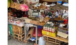 Thực phẩm chay giả mặn không nhãn mác bán đầy chợ