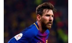 Ăn mừng kỉ lục 644, Messi tặng bia cho đối thủ