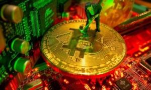 Bị 'cấm cửa' tại Trung Quốc, thợ đào Bitcoin dồn sang Mỹ-Nga